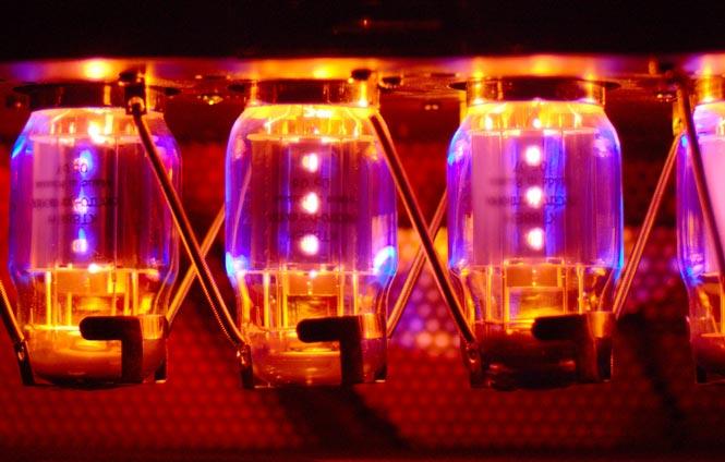kt88-amplifier-power-tubes-665x424.jpg