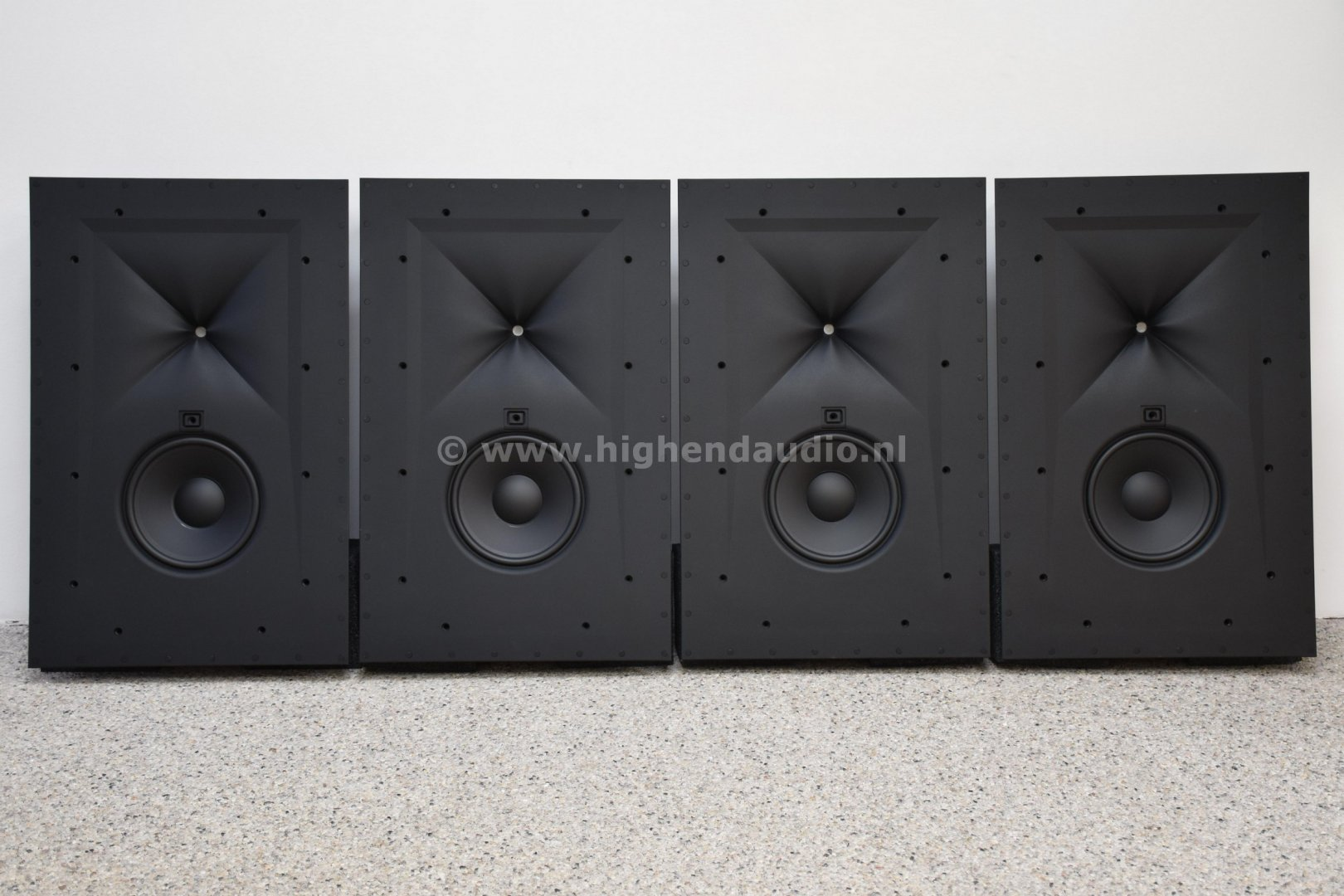 JBL-Synthesis-Surrounds-SCL4-frontwog_wm.jpg
