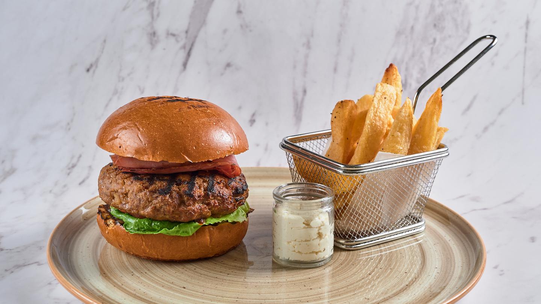 09 Burger JO6_4567.jpg