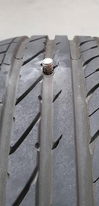 crazy-car-repair-stories-4-5f7b1cc969089__700.jpg