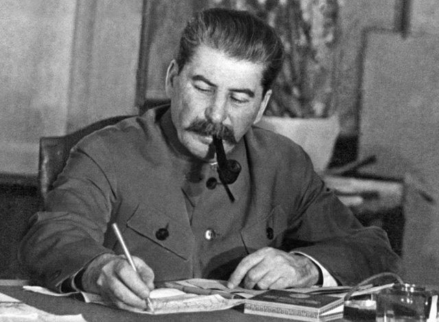 Joseph_Stalin-2.jpg