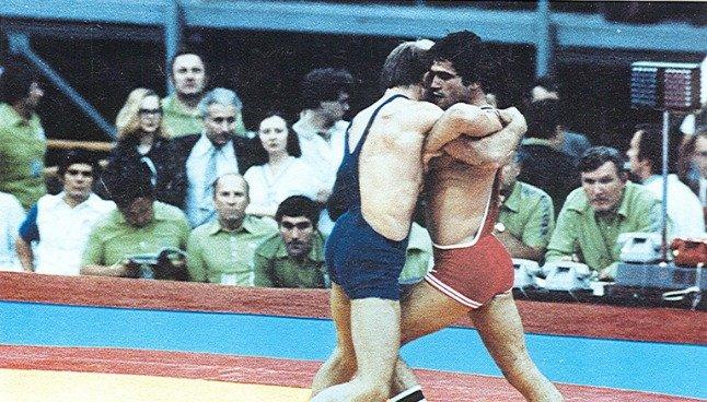 mygiakis-1980-xriso.jpg