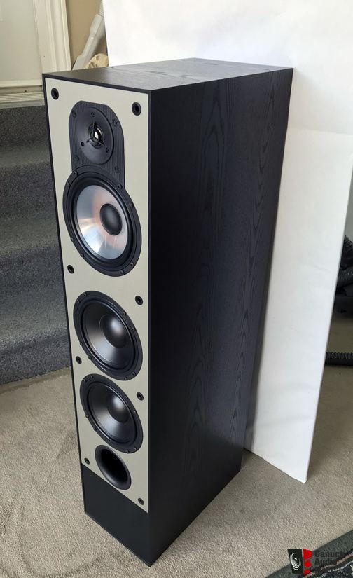 2260770-dcc7ca4f-paradigm-monitor-70p-active-subwoofers-speakers.jpg