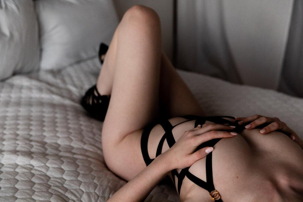 Neenah+Boudoir+Photography-50.jpg