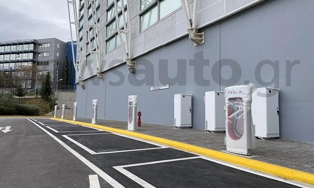 210126113348_Tesla-Superchargers-Golden-Hall-1.jpg