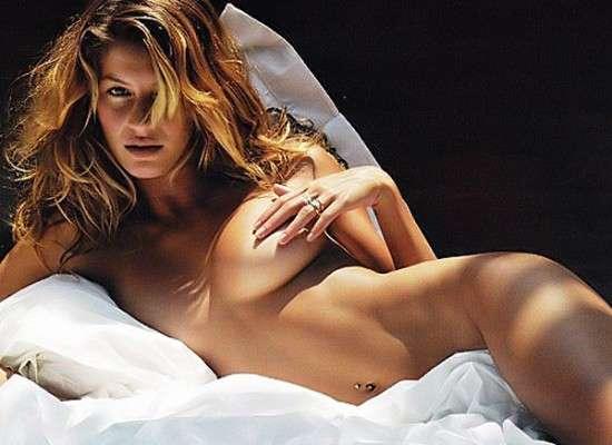 Gisele-Bundchen-Nude-Covering-Her-Nipples (1).jpg