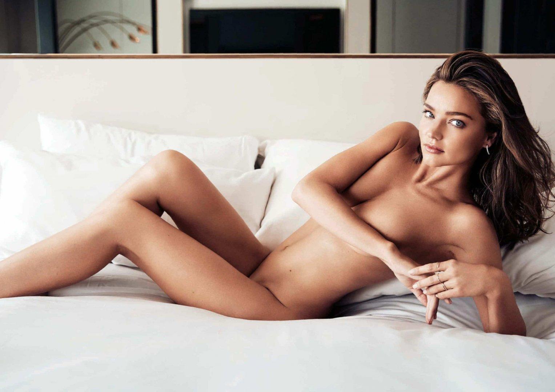 miranda-kerr-topless-shoot-2.jpg